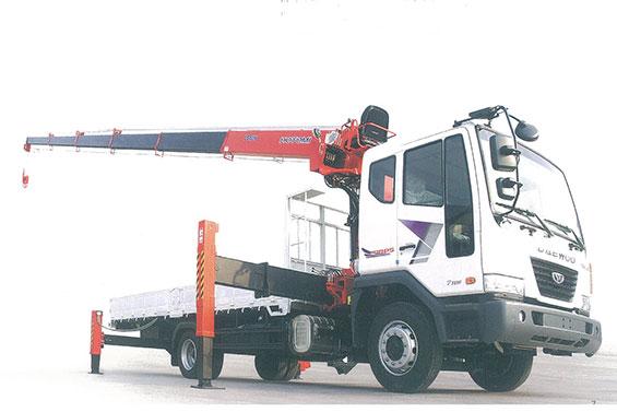 Xe tải gắn cẩu Hotomi LS1036