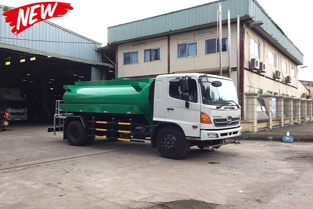 Xe tưới nước rửa đường HINO FG 8m3