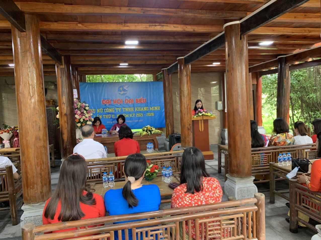 Đồng chí Chu Thị Hải Hà dẫn chương trình