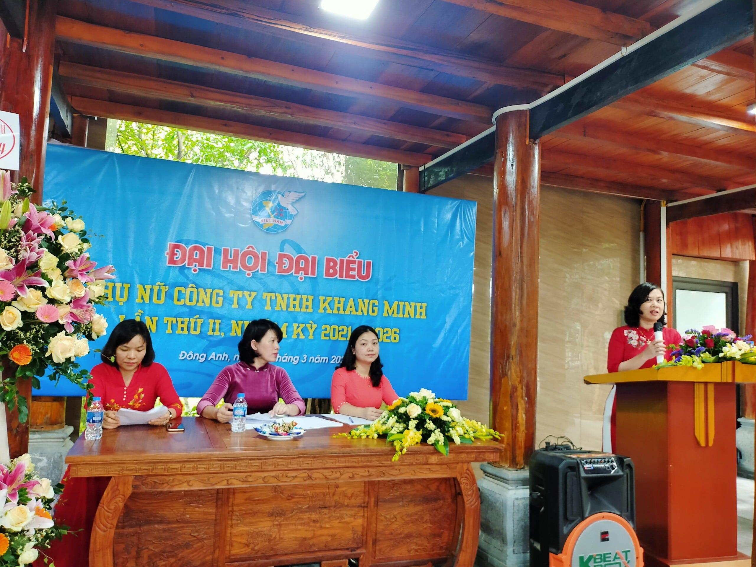 Đồng chí Ngô Thị Thúy Hằng – Phó chủ tịch Hội LHPN huyện Đông Anh cho ý kiến