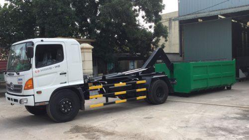 Xe Hooklift chở rác