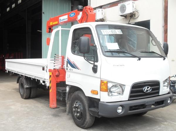 Xe tải gắn cẩu Hyundai HD72